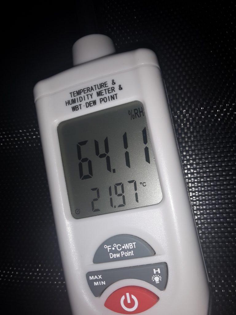 Optimale Luftfeuchtigkeit Wohnung - Mauerfeuchte? Baubiologe berät.